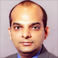 Dr. Navneet Tripathi