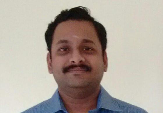 Dr. Padmesh Vadakepat
