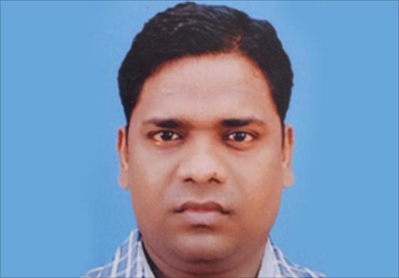 Dr.  Dh Ganvir