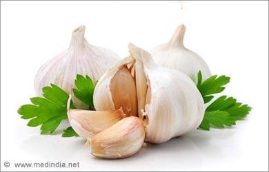 Home Remedies for High blood Pressure: Garlic