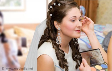 Bridal Makeup Tip: Apply Light Eye Shadow Shade