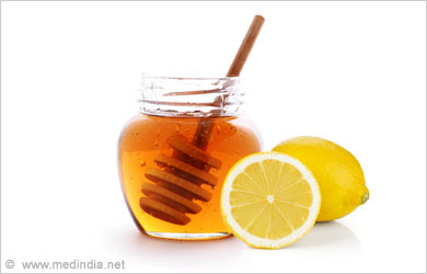 Beauty Tip To Lighten a Tan: Honey and Lemon