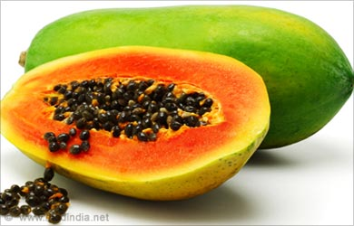 Beauty Tip To Lighten a Tan: Papaya Pulp