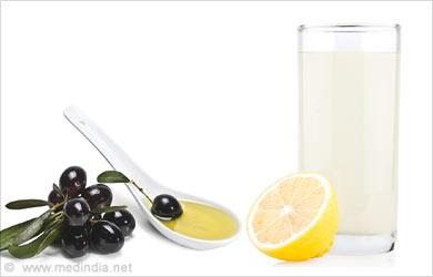 Body Care Tip for Women, Skin Care: Lemon juice