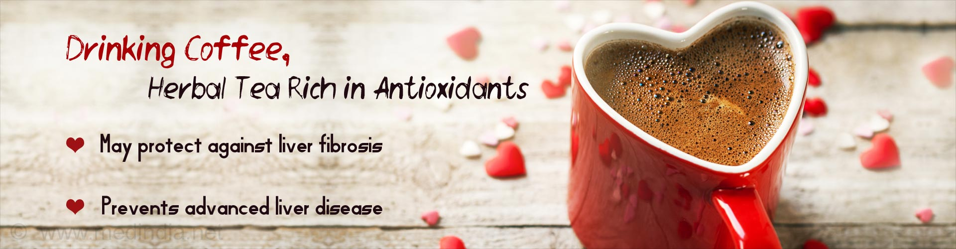 Drinking coffee, herbal tea rich in antioxidants