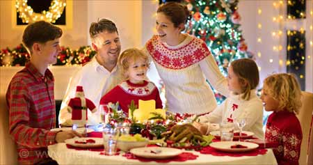 Let's Practice Mindful Eating This Christmas