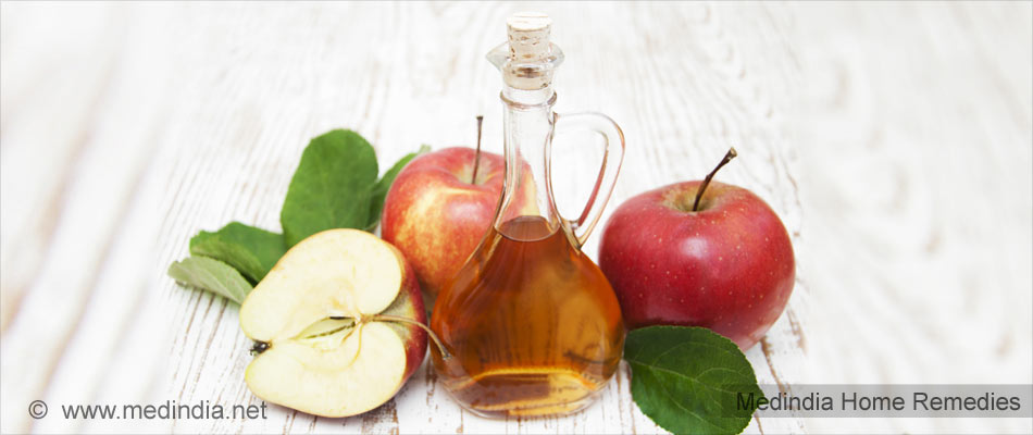 Home Remedies for Dandruff: Apple Cider Vinegar