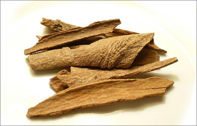 Home remedies for Menstrual Cramps: Cinnamon