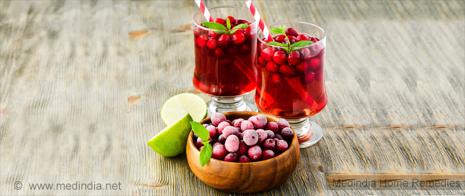 Home Remedies To Curb Urinary Tract Infection: Cranberry