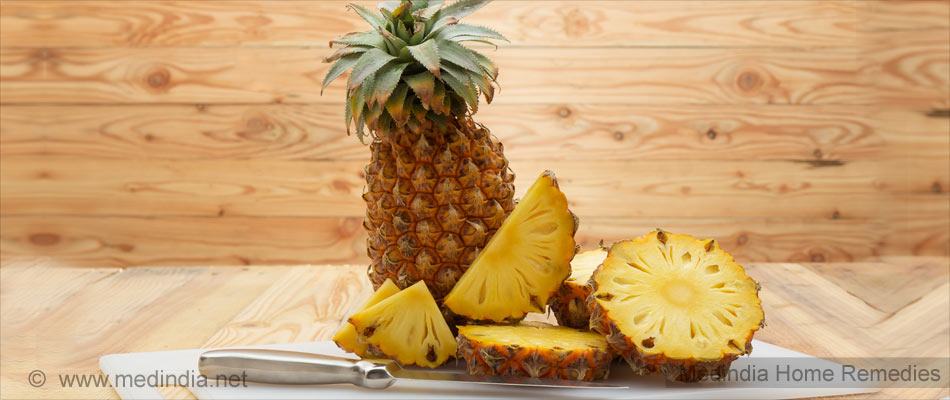 Home Remedies To Curb Urinary Tract Infection: Pineapple