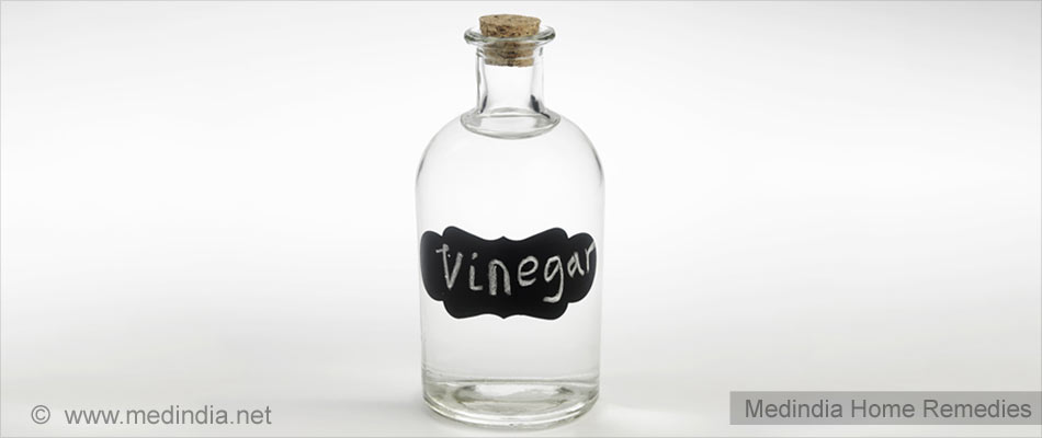 Home Remedies To Curb Urinary Tract Infection: Vinegar