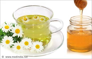 Home Remedies for Sore Throat: Warm Chamomile Tea