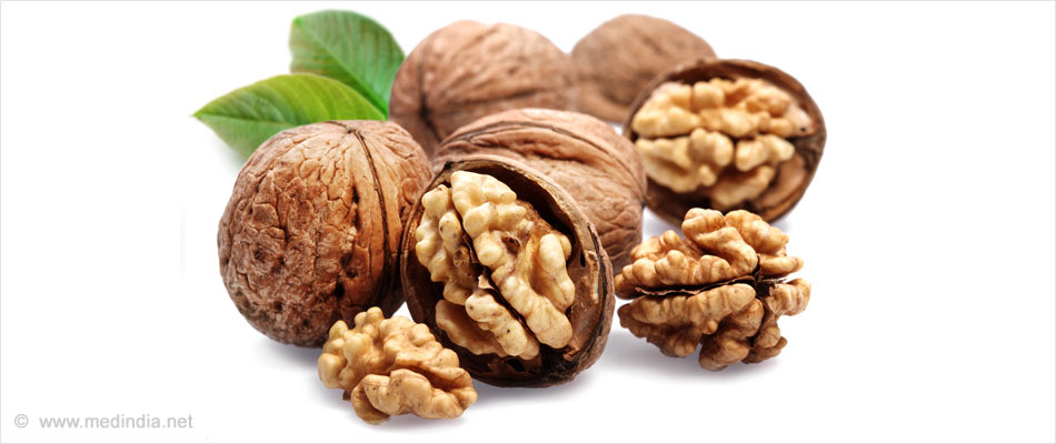 Walnut Consumption Positively Impacts Cholesterol Levels