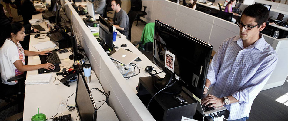 Standing Desks at Workplace may Boost Productivity in Employees