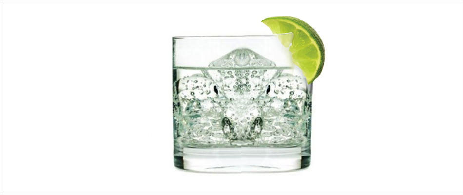 Get Rid of Wrinkles and Look Younger With This Anti-aging Gin