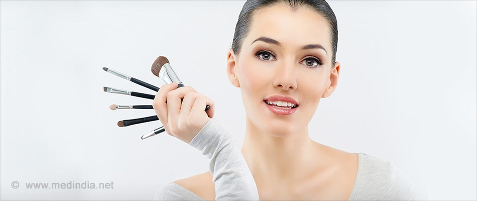 Beware of Adulterated Eye Makeup, Say Doctors