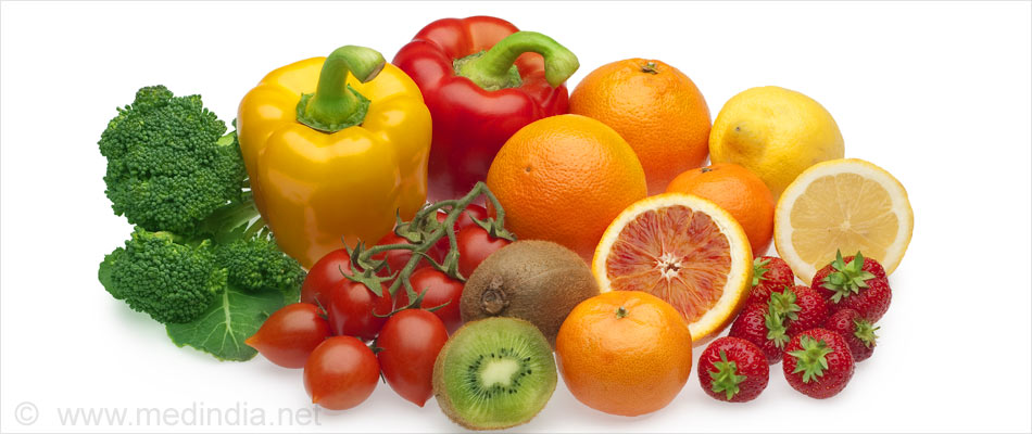 Vitamin C Rich Diet Helps Slash Risk Of Cataract Progression