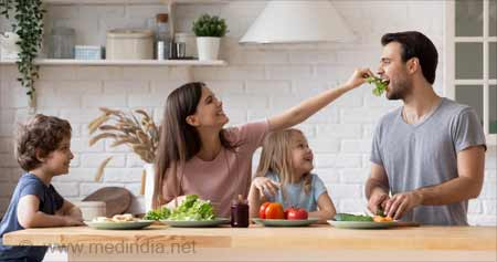 Healthy Mom & Dad: Good Role Model to Make Kids Eat More Veggies