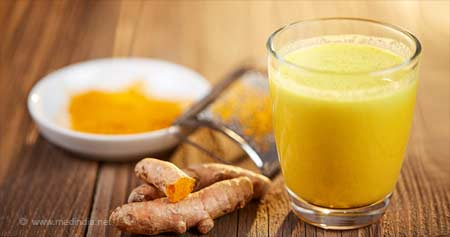 Why You Should Start Drinking Turmeric (Golden) Milk Right Away