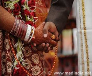 Marriage Can Prolong Life in Cancer Patients