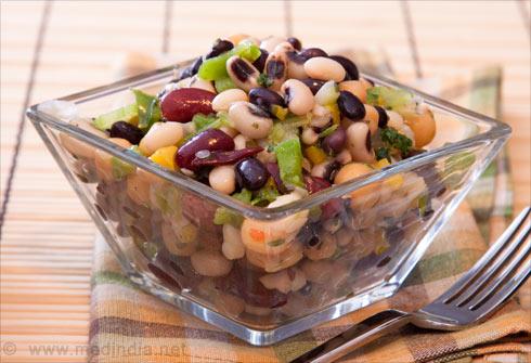 Foods that Prevent Bloating of Abdomen